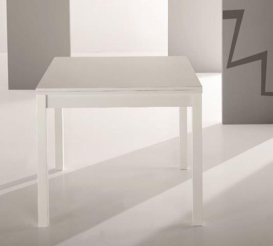 Tavolo moderno in melaminico e gambe in legno massello di faggio ...