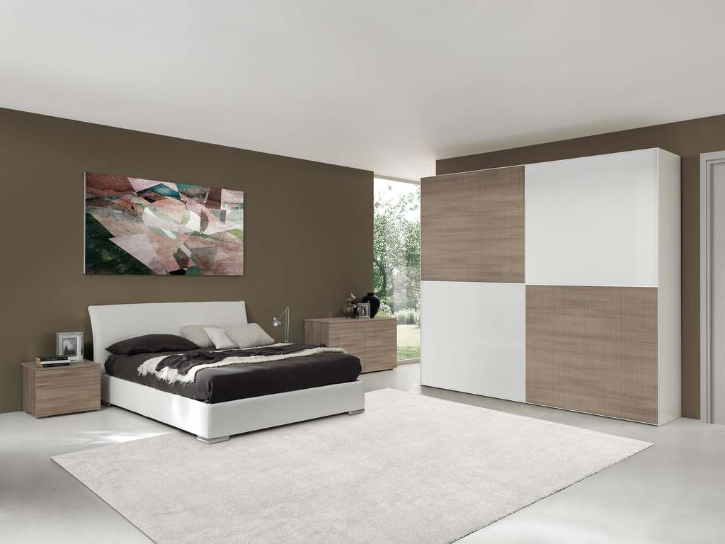 Camere da letto matrimoniali in larice bianco for Camere da letto famose